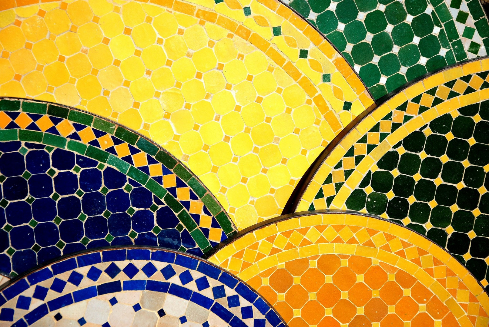 Mosaiktische