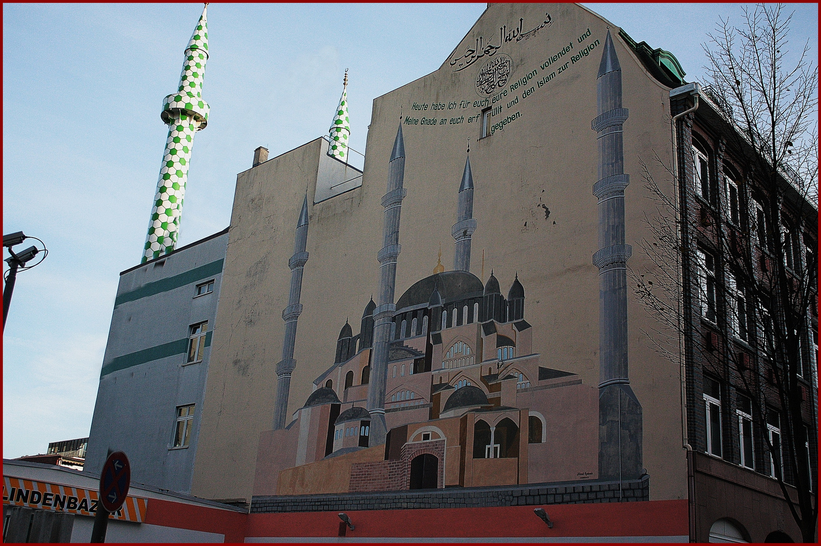 Moschee in Hamburg mitten im Geschehen in der Lindenstraße