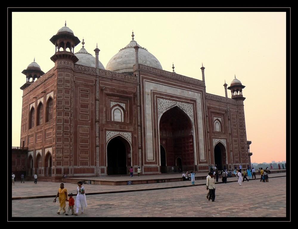 Mosquée du TAJ MAHAL au couchant