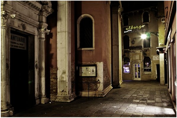Mostra collettiva Fiorentini-Lattuada: 19 - ONE NIGHT IN VENICE 03:06