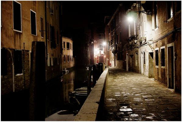 Mostra collettiva Fiorentini-Lattuada: 23 - ONE NIGHT IN VENICE 03:28