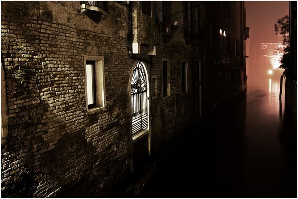 Mostra collettiva Fiorentini-Lattuada: 28 - ONE NIGHT IN VENICE 04:07