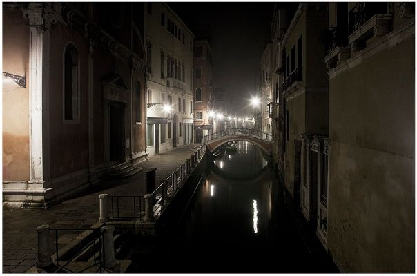 Mostra collettiva Fiorentini-Lattuada: 33 - ONE NIGHT IN VENICE 04:25