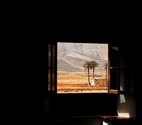 Mostra collettiva: Forteventura - 2. Affaccio sul deserto...