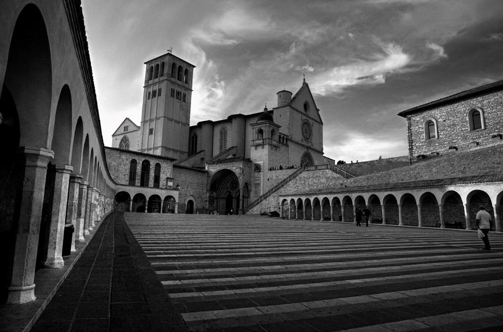 """Mostra collettiva: """"Tra le mura di Assisi"""" -  10. Convergere"""