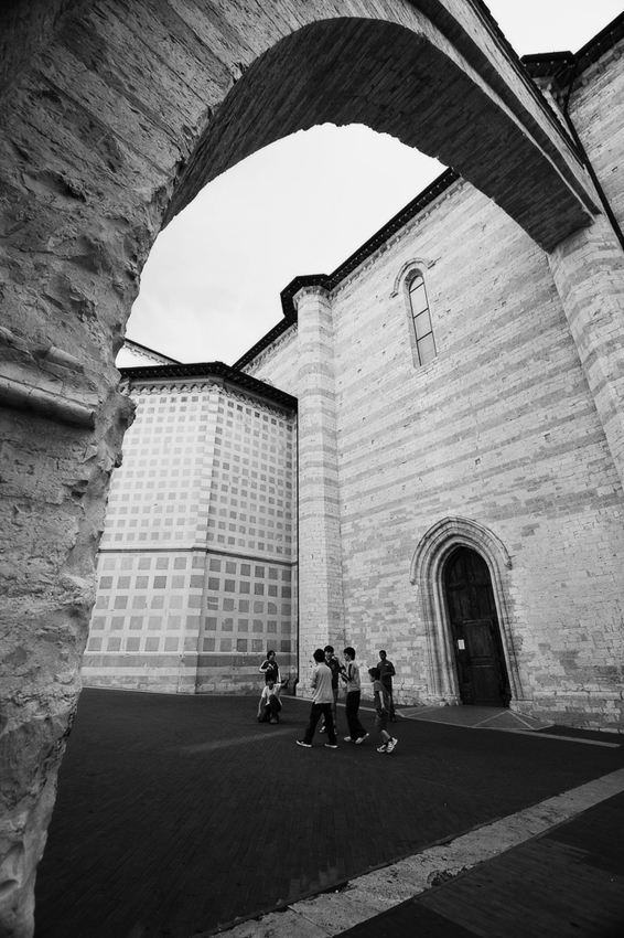 """Mostra collettiva: """"Tra le mura di Assisi"""" - 6. Giocare al sicuro"""