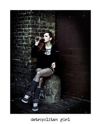"Mostra online di Alberto Busini: ""Londra in breve"" - 8. Metropolitan girl"