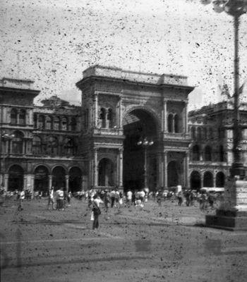 """Mostra online di Alessandro Odisio """"LO-FI"""" - 4. Duomo (piazza)"""