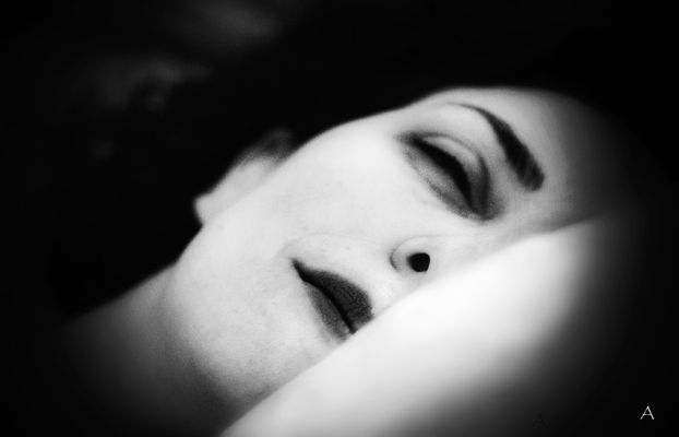 "Mostra online di Andrea Minichini: ""RifleSS(tt)O"" - 1. Hanna"