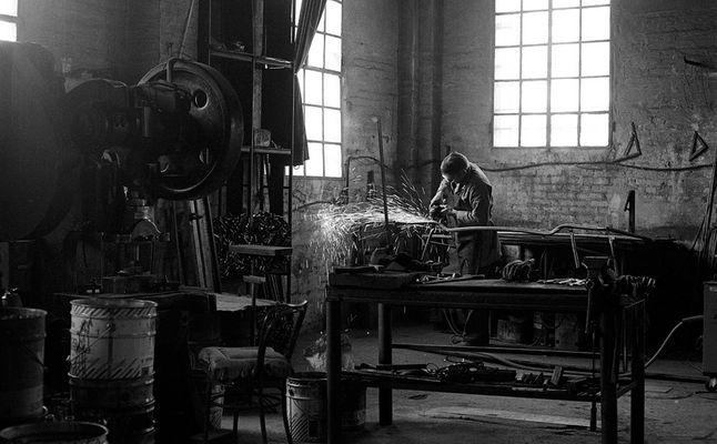 """Mostra online di Arnaldo Pettazzoni """"Il tocco creativo di un artigiano"""" - 1."""