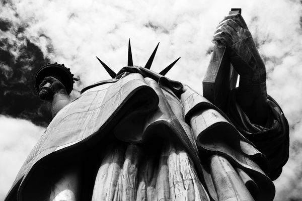 "Mostra online di B. Monica ""Newyorking"" - 10. Under liberty"