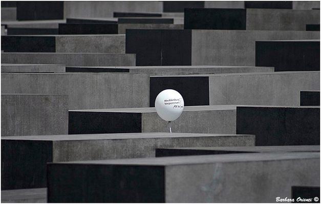 "Mostra online di Barbara Orienti: ""Travelling"" - 2. Berlino. Germania"