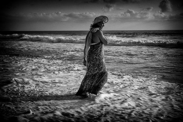 """Mostra online di Carlo Atzori """"Il mare..."""" - 8. Nei tuoi pensieri"""