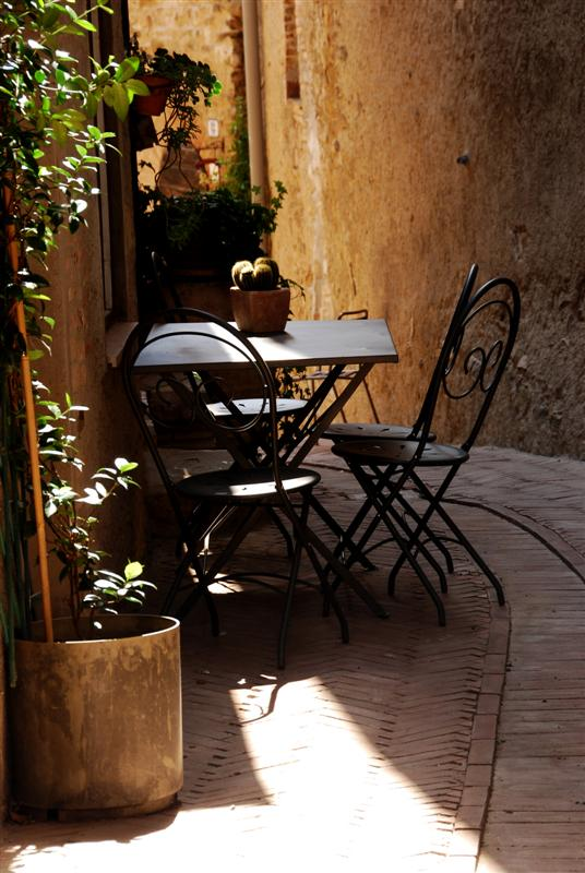 """Mostra online di Enrico Pasini: """"Il castello di Spina"""" - 3. Momento di riposo"""