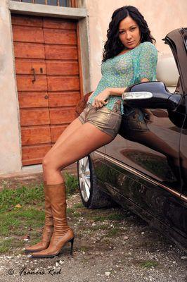 """Mostra online di Francis Red """"Elena - Loving Car"""" - 1."""