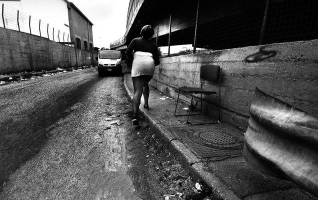 "Mostra online di Fulvia Menghi ""Ragazze Interrotte"" - 5."