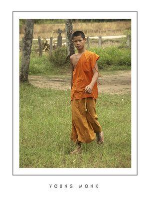 """Mostra online di Grazia Bertano: """"Non solo Khmer"""" - 8. Giovane monaco sull'isola di Don Kong"""