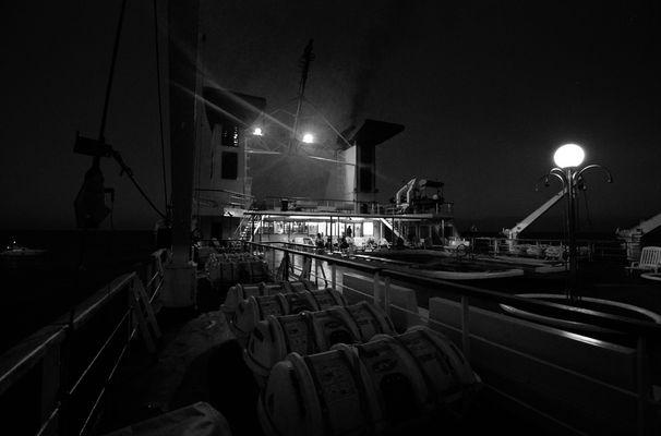 """Mostra online di Guglielmo Rispoli: """"Viaggi per mare"""" - 4. Il buio della notte"""