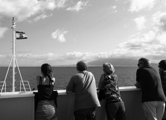 """Mostra online di Guglielmo Rispoli: """"Viaggi per mare""""- 7. Luci all'orizzonte"""