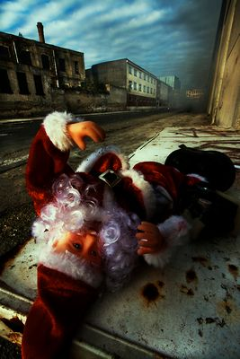 """Mostra online di Lino Rusciano """"ToYs"""" - 1. Lethal fumes"""
