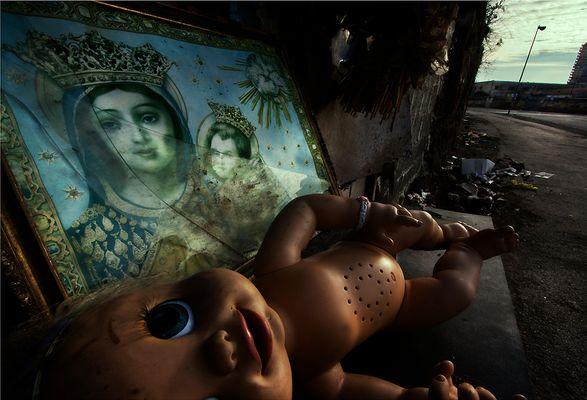 """Mostra online di Lino Rusciano """"ToYs"""" - 2. Shrine"""