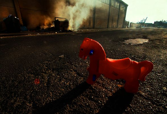 """Mostra online di Lino Rusciano """"ToYs"""" - 3. The red pony"""