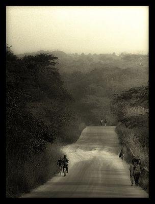 """Mostra online di Marco Pavani: """"Per le strade della Guinea"""" - 7. Verso sera"""