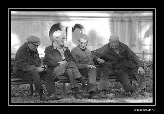 """Mostra online di Massimo Baraldo: """"Il mondo degli anziani"""" - 10. Appunti"""