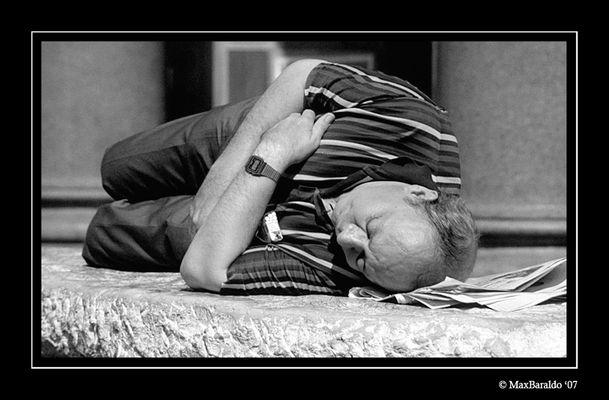 """Mostra online di Massimo Baraldo: """"Il mondo degli anziani"""" - 8. Riposo"""