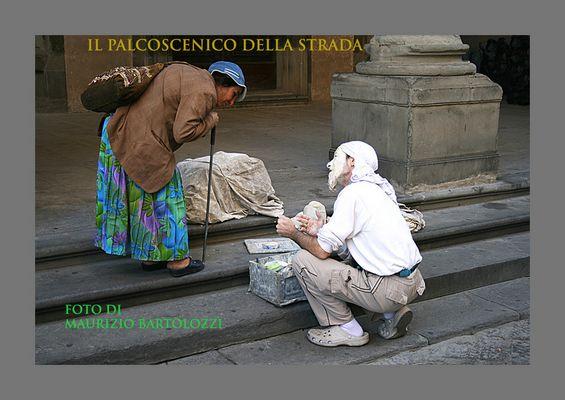 """Mostra online di Maurizio Bartolozzi """"Il palcoscenico della strada"""" -"""