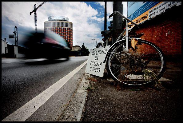 """Mostra online di Nicola Giaretta """"Bicicletta Maledetta"""" - 10."""