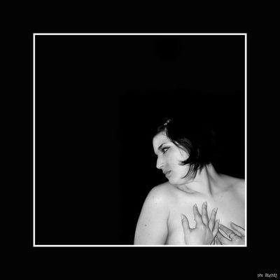"Mostra online di Noemi Izzo: ""Black&White&Me"" - 2."