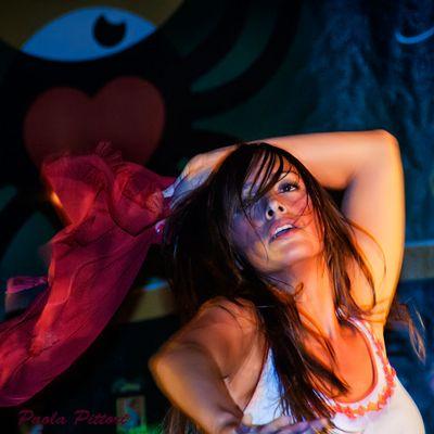 """Mostra online di Paola Pittori: """"Donna: Senso e Sacralità"""" - 4. Il Fuoco della mia Terra"""