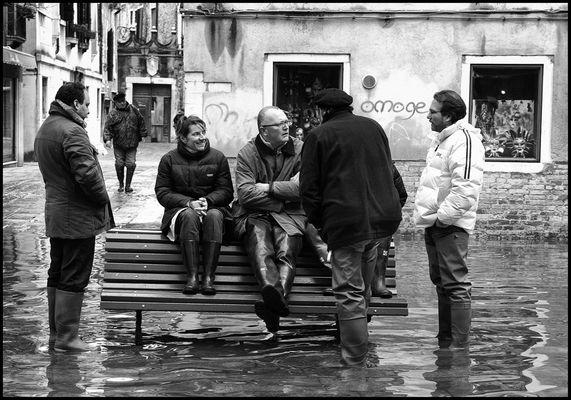 """Mostra online di Roberto Bon """"AcquAAlta"""" - 8. Do ciacoe... nell'attesa"""