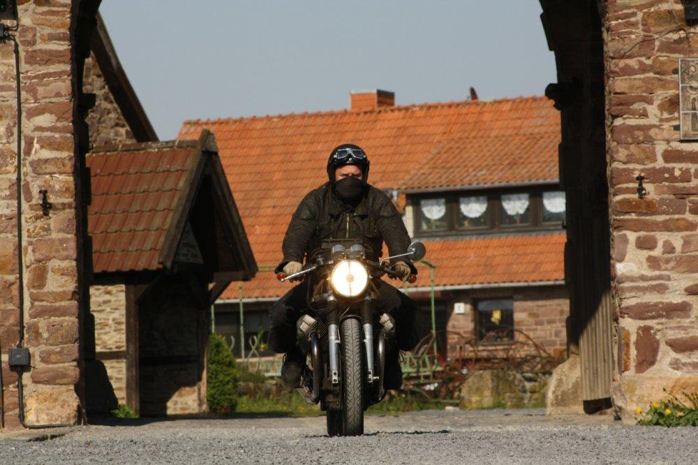 Moto Guzzi nach Ausfahrt