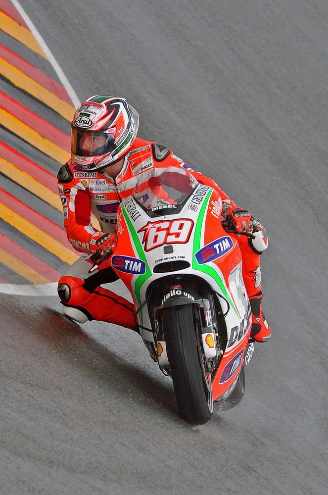 MotoGP Sachsenring 2012 - Nicky Hayden #69 mit Fingerspitzengefühl