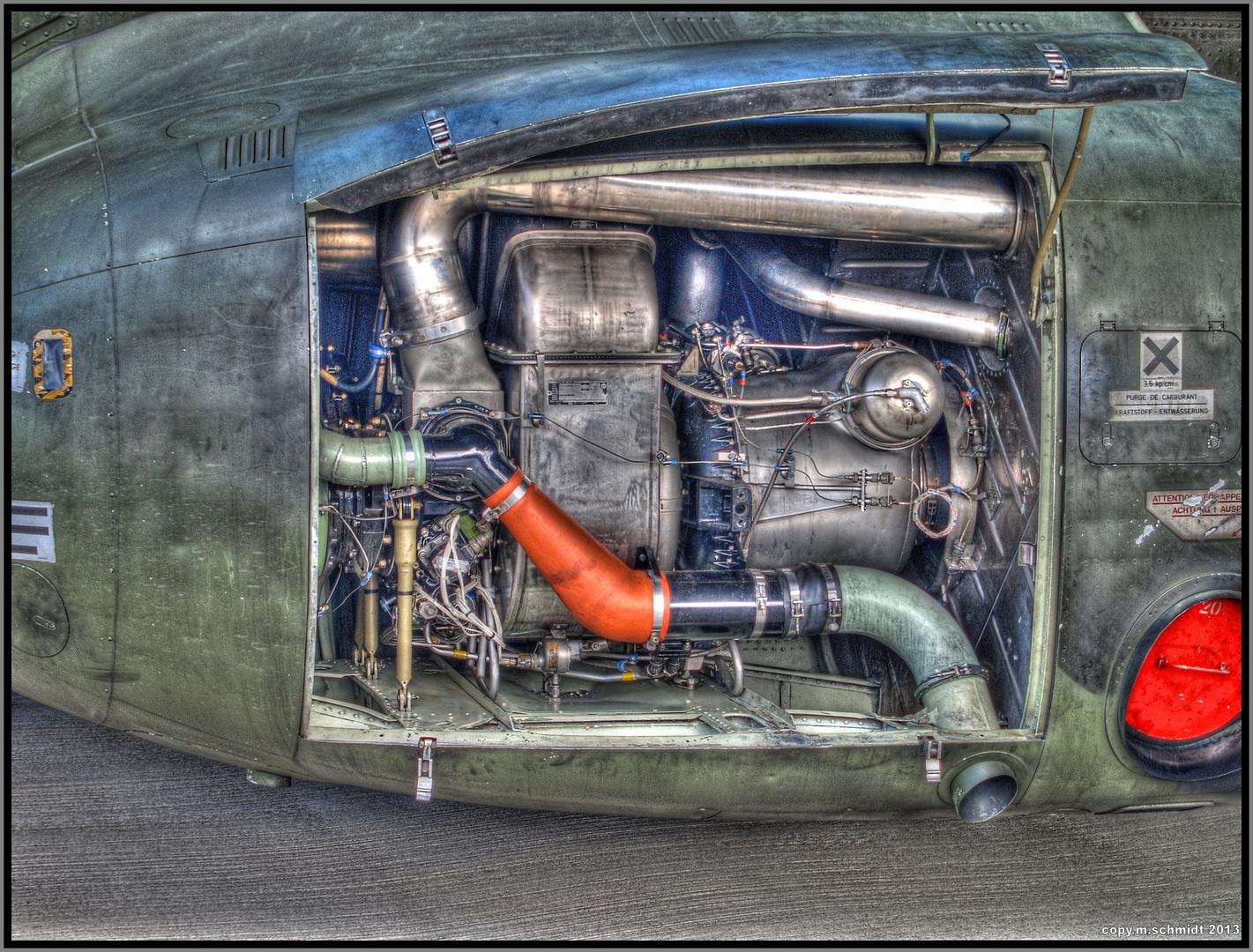 Motor am Fahrwerk