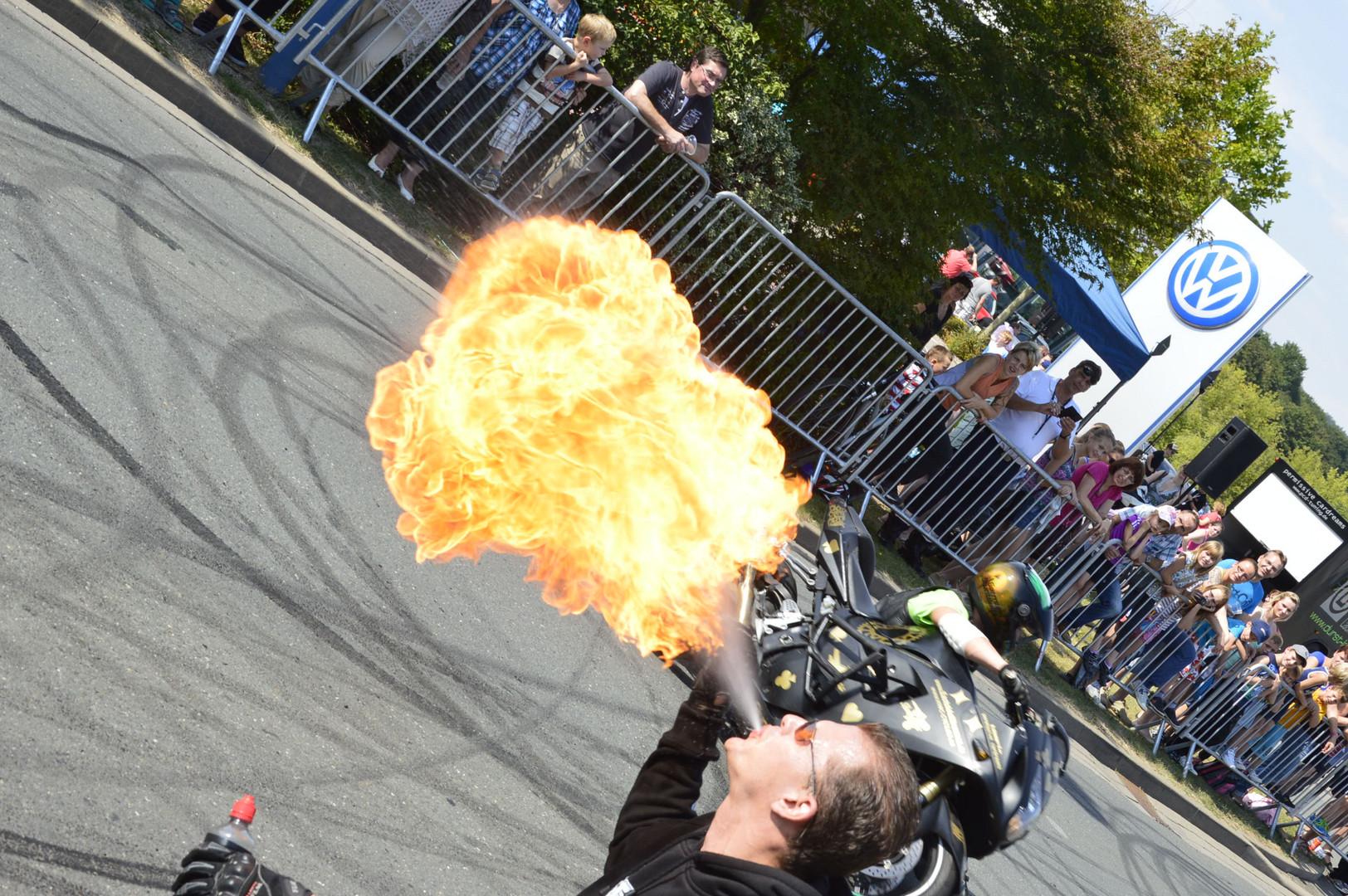 Motoradsstand show