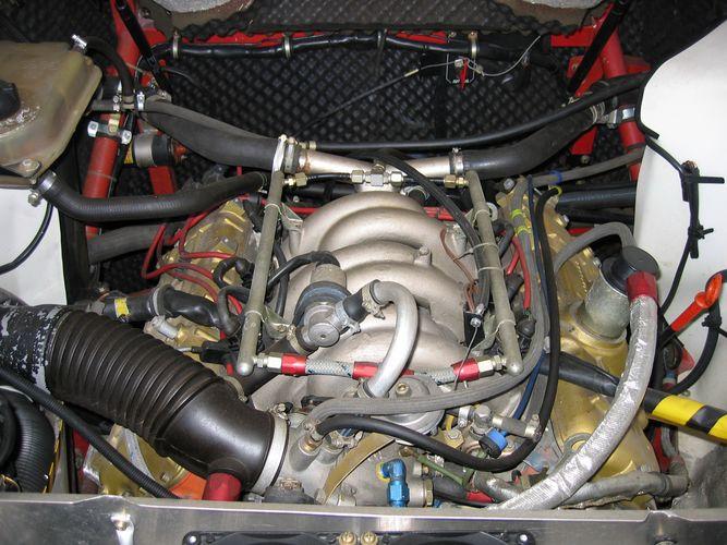 Motor...ganz normal so.