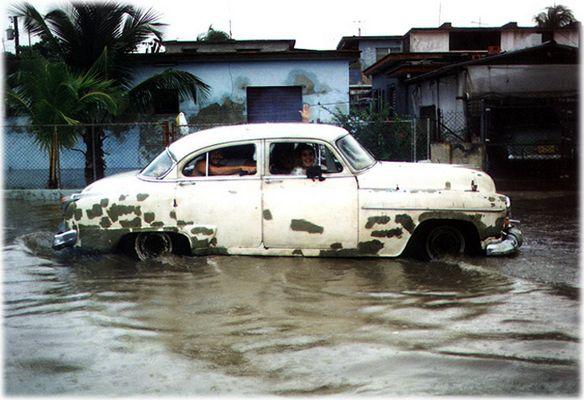 Motorjacht in Cuba