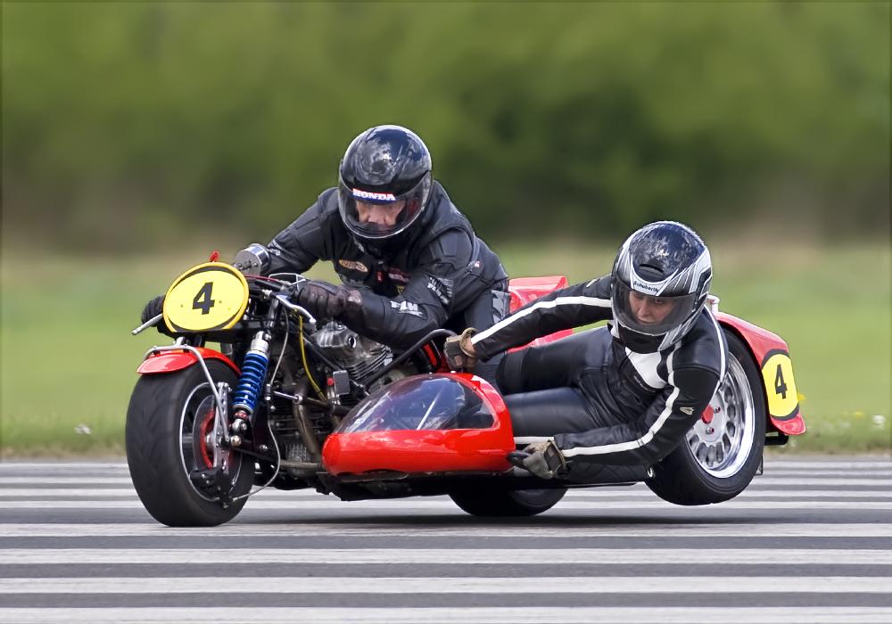 motorrad gespann honda 2 foto bild sport motorsport historische rennfahrzeuge bilder auf. Black Bedroom Furniture Sets. Home Design Ideas