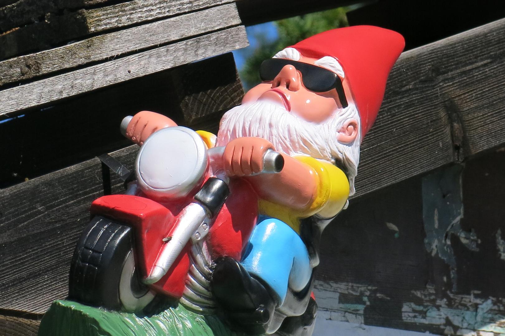Motorradgartenzwerg