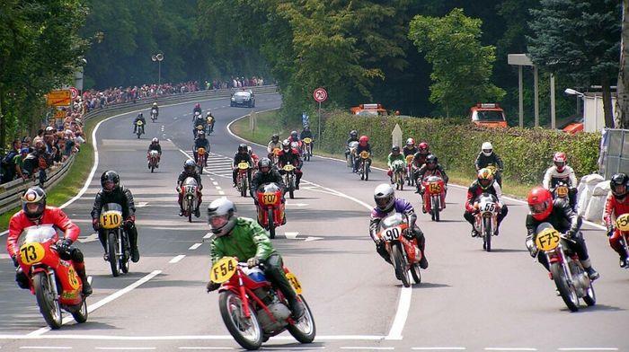 Motorradrennen in Schotten