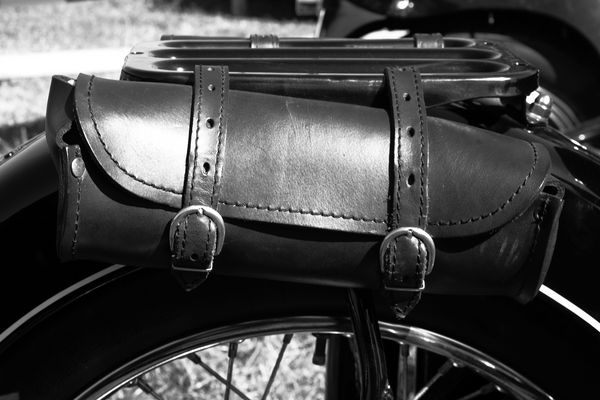 motorradtasche im alten stil