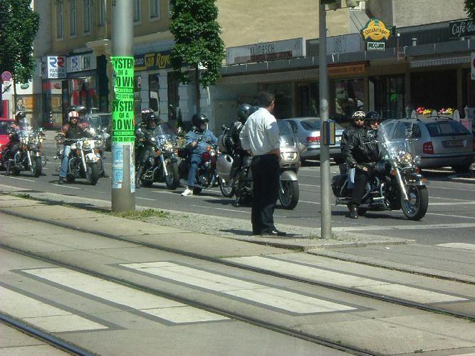 Motorräder Straßenbild am 21 Mai