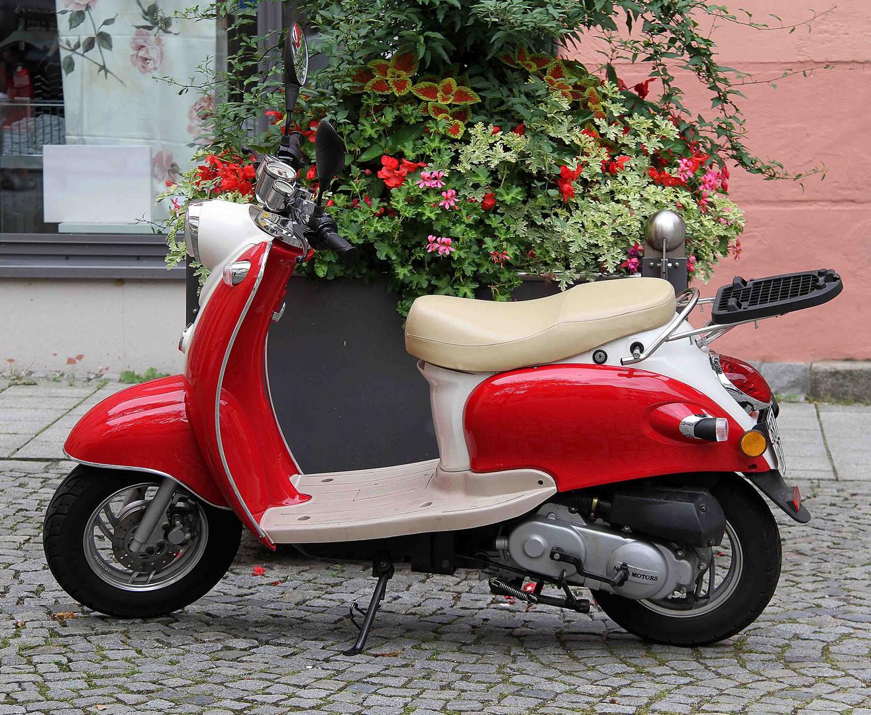Motorroller schon etwas älteres Baujahr