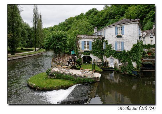 Moulin sur l'isle à Brantôme (24)