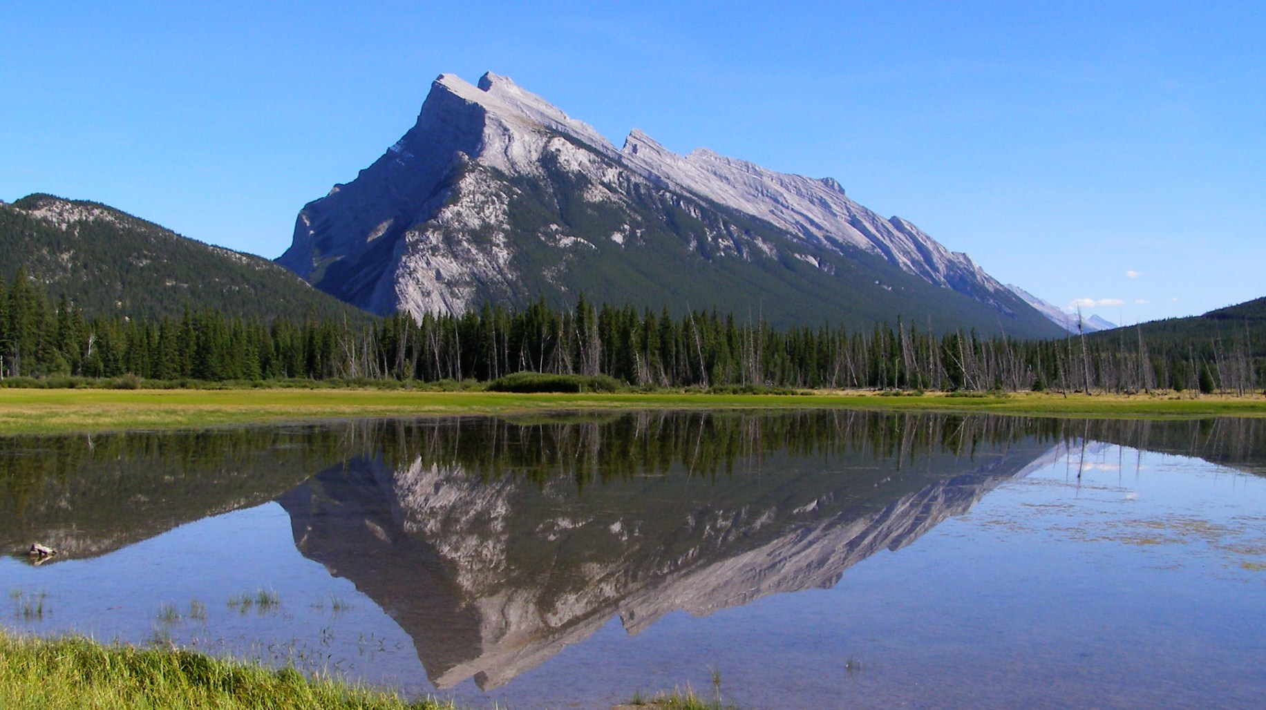 Mount Rundle (2949m) - Banff National Park