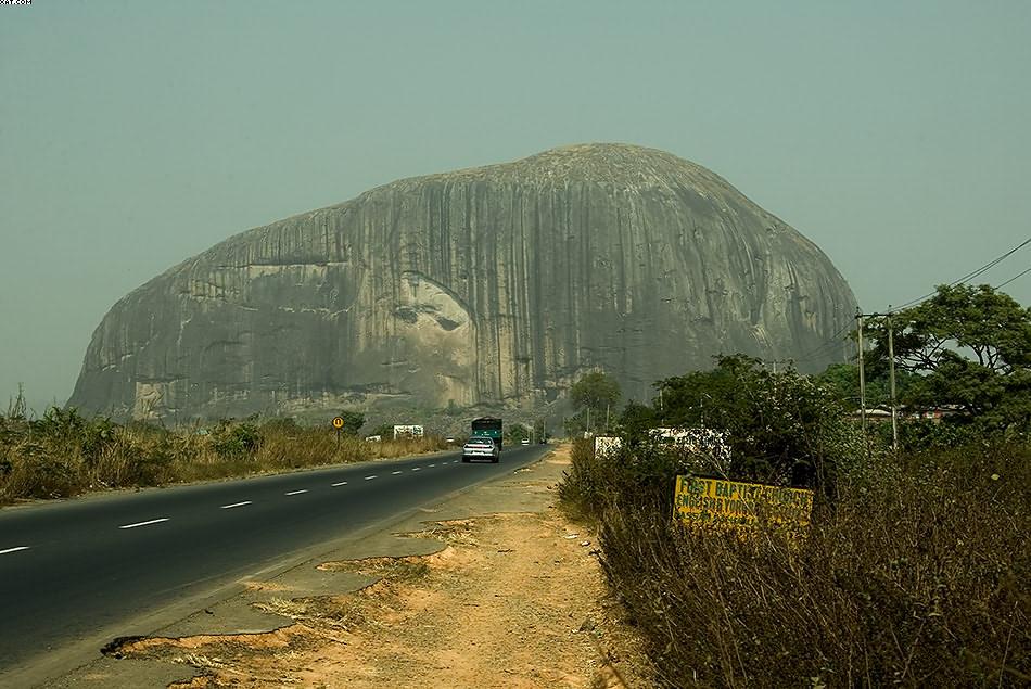 """Mount """"Zuma"""", Abuja / Nigeria / 27.12.2005"""
