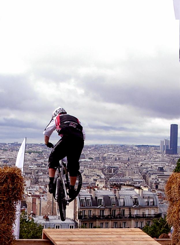 Mountainbiker am Montmartre